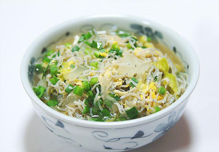 【出店者コラム】日曜市のしらす屋さん「中田遊亀商店」がブログを更新しました。「これからの季節おすすめのしらす雑炊」