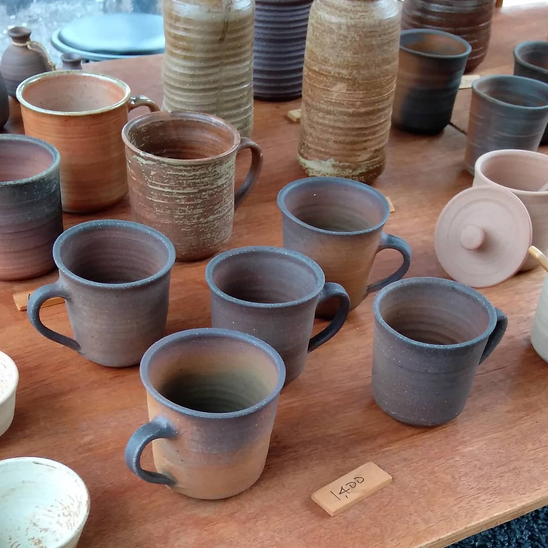 4丁目238。新荘川焼。雨の日曜市。#rainysundaymarket#kouchijapan #pottery#mug