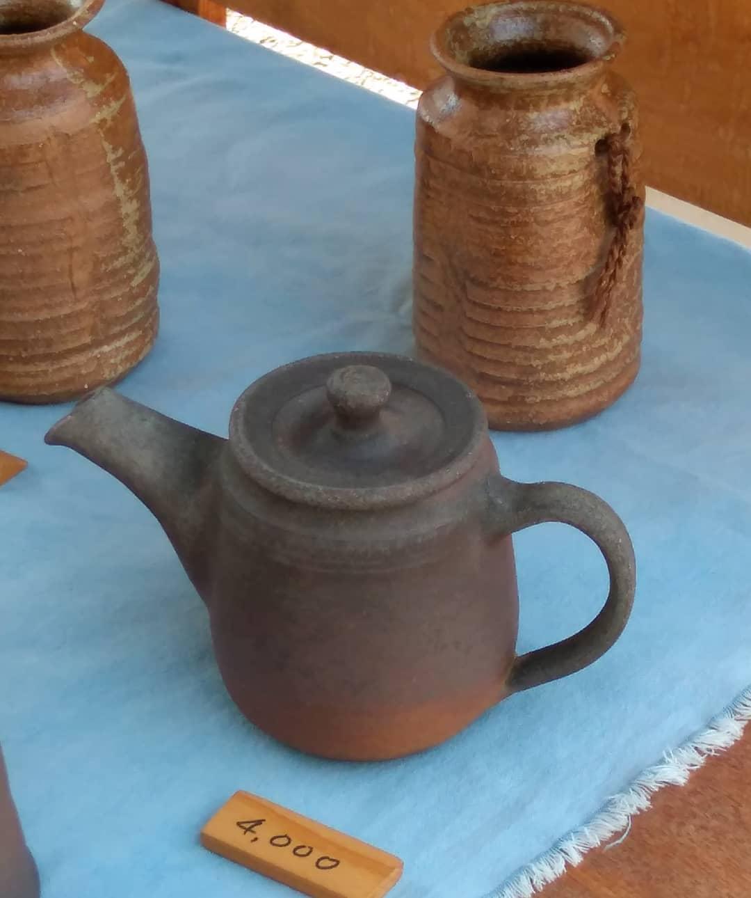 4丁目238。新荘川焼。急須。薪窯。#studiozen#teapot#woodkyln#sundaymarket#kouchijapan